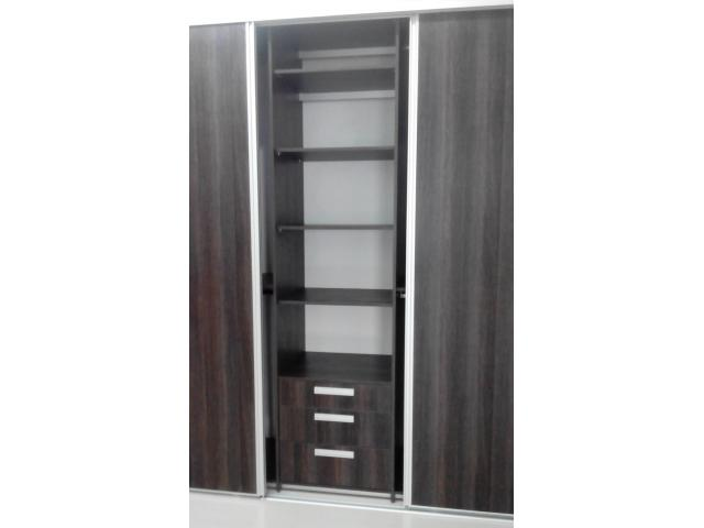 CLOSETS DE PARED EN MELAMINA HIDROFUGA
